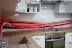 czerwone szkło w kuchni - Inowrocław